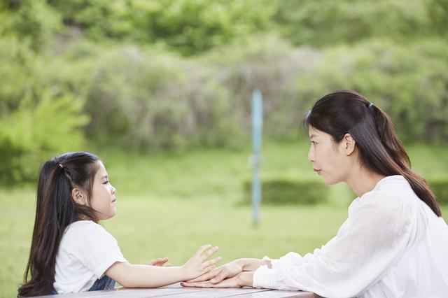 親は人生を「経験」してきただけ。子どもより賢いわけではない/岸見一郎「老後に備えない生き方」