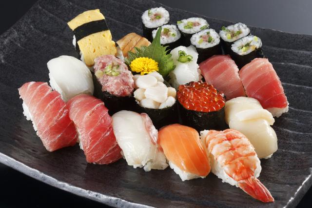 1分間英語でTokyo案内「寿司は忙しい江戸っ子向けのファストフードでした」