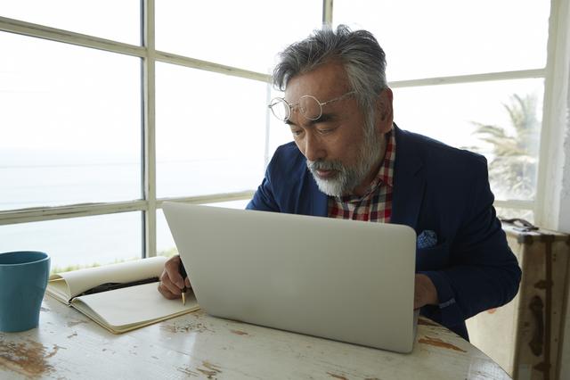 トルストイは70歳からイタリア語を学び始めた! 何歳からでも独学はできる