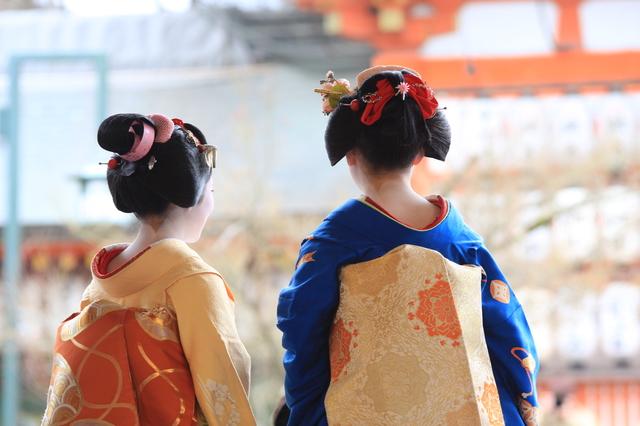 着物をまとい古都でタイムスリップ体験!京都をより楽しむ「レンタル着物」