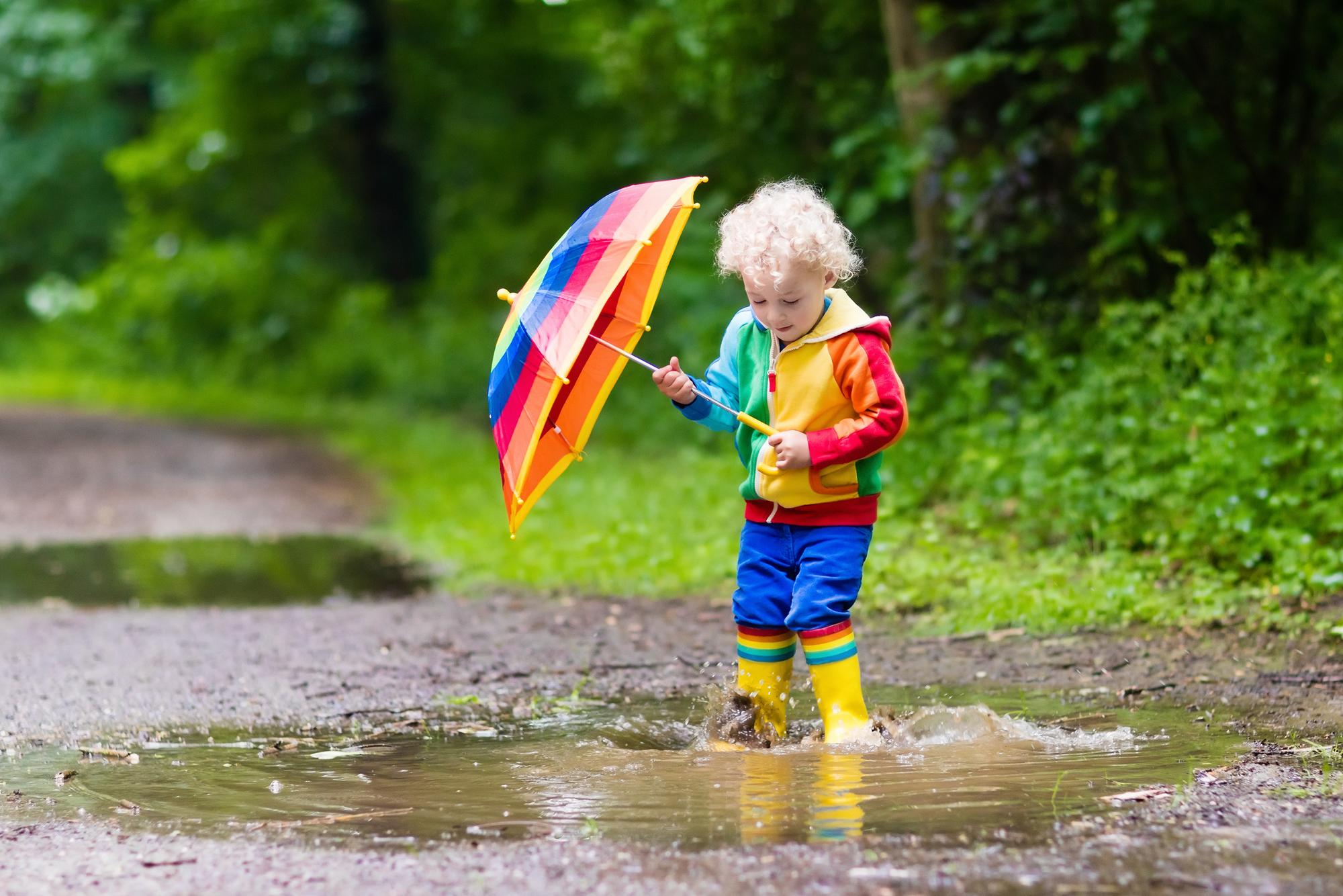 「どうも雨が降りそうです 」中学3年間の英語でデキル!日常会話(46)