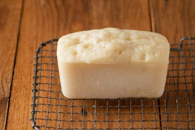 ぐるぐる混ぜてレンチン3分! 世界一ズボラな「BOXパン」の作り方