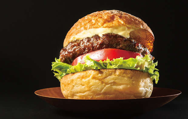あのボリューム感を自宅で! ボウルなしでパティが作れる「ハンバーガー」レシピ