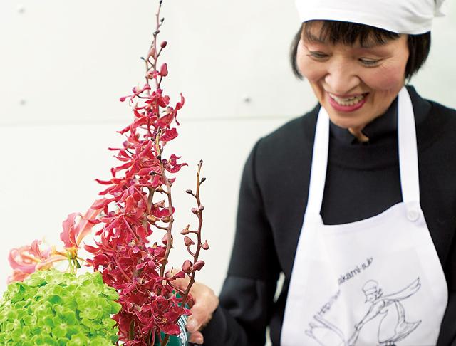 人気料理研究家に聞く「花やフルーツのある暮らし」とは