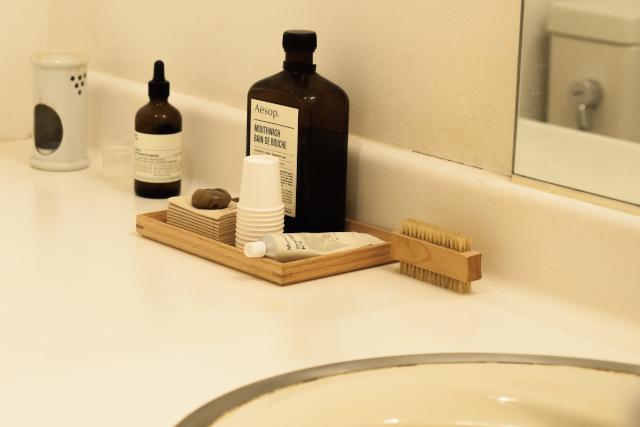 「手洗い場」を身なりが整えられる場所に。モデルの香菜子さん「40代からのトイレコーディネート」