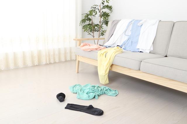 洗濯した衣類、ソファーに置いていませんか?片づいた家のリバウンドで最も大切な「洗濯問題」とは