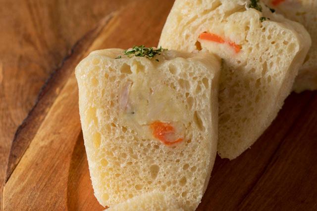 ズボラな手作りパンレシピ! お弁当にもおすすめ「ポテトサラダパン」