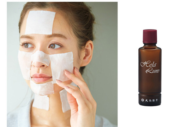 ゆらぎ肌に金属アレルギー・・・モデル・野崎萌香さんの肌トラブルを救った「化粧水オンリーのケア」