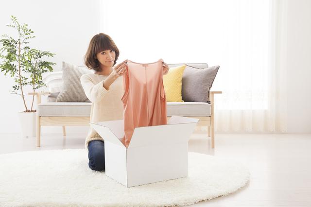 服はネット購入派が半数!? 最近のファッション通販サイト利用事情