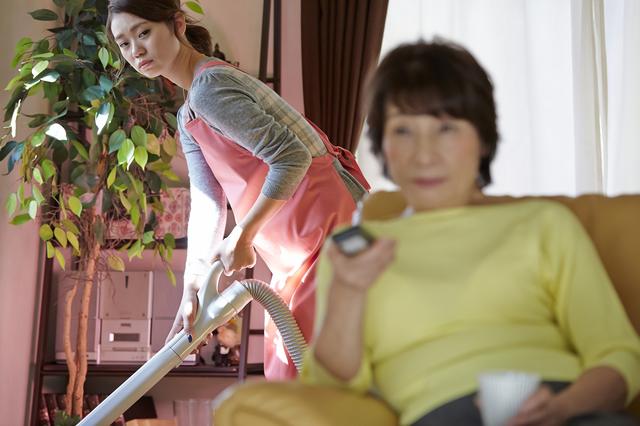 姑から過去に受けた嫌がらせを許すべき? 急に態度が変化した姑への対応