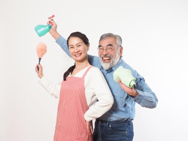 今やれば年末の大掃除が楽に! 網戸・浴室・五徳が短時間でキレイになるテクニック