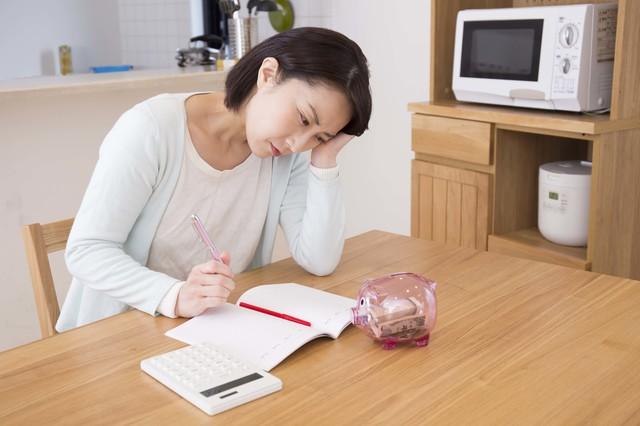伯母から母親経由でお金を無心されたら? デリケートな金銭トラブル