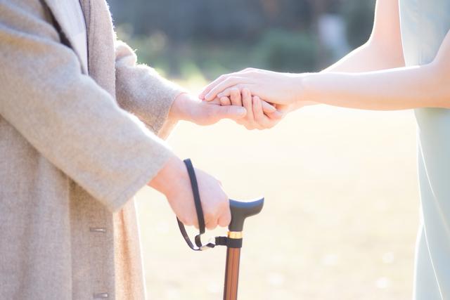 3人同時の介護に更年期障害...西川ヘレンさんが激白した壮絶な多重介護生活