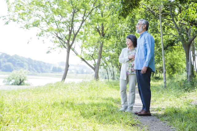 高齢者のマナーにイラッ! シニアのトラブルは認知機能の低下が原因?