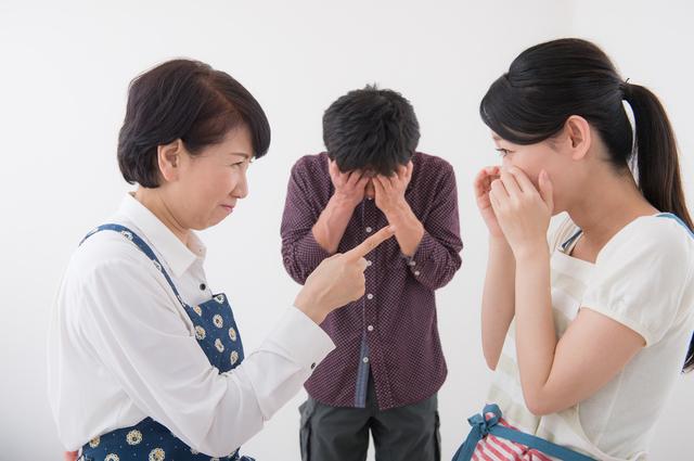 姑が自分の実家にばかり帰る嫁に激怒! 長期休暇があるときは義実家に帰省すべき?