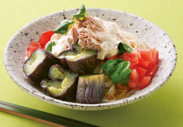 「蒸しなす+ツナマヨ」のぶっかけそうめんも!「蒸しなす」の麺レシピ3選