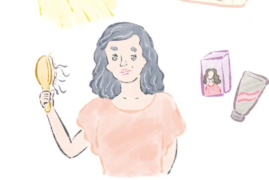 毛髪が「1日200本」以上抜けたら要注意。大人女性の「髪の悩み」Q&A【日常生活編】