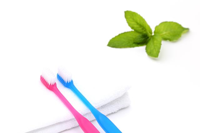 歯科医が歯ブラシを薦めないのはなぜ? 本当は恐い歯みがきの常識【インタビュー】