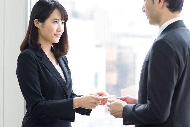 相手への「信頼・安心・親近感」は5割以上「外見」で決まる!/外見戦略