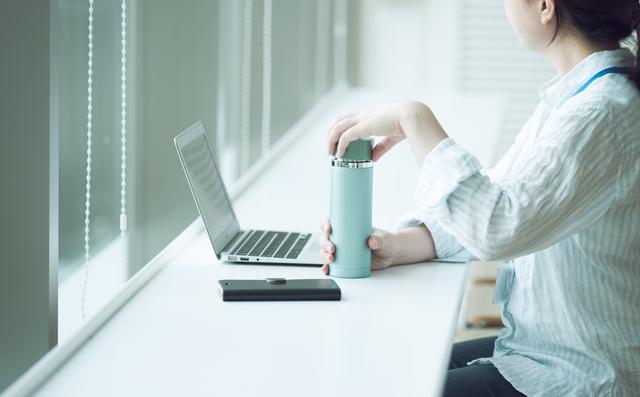 「マイ水筒」派に使ってほしい! 水洗いした水筒の乾燥時間を半分にしてくれるアイテムに注目/ネットランキング