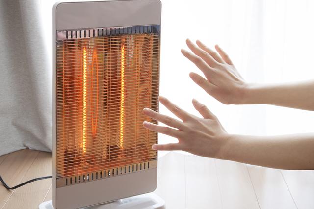 長寿&速暖ヒーター登場。電気ストーブの人気が再燃/すごい技術