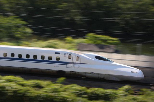 時は金なり! 新幹線切符を買うならみどりの窓口よりも空いている自動券売機で/節約ハック