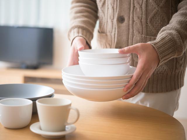 湯飲みを100個(!)も持っていた老婦人が、物を捨てるようになった「妄想のチカラ」とは