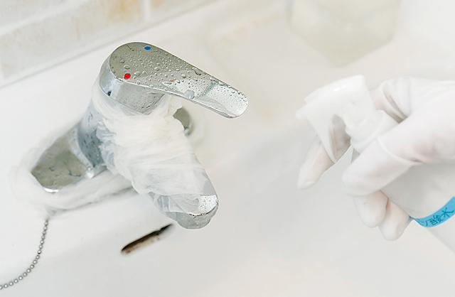 水あかやアンモニア臭も撃退! クエン酸スプレーは水回り掃除の強い味方