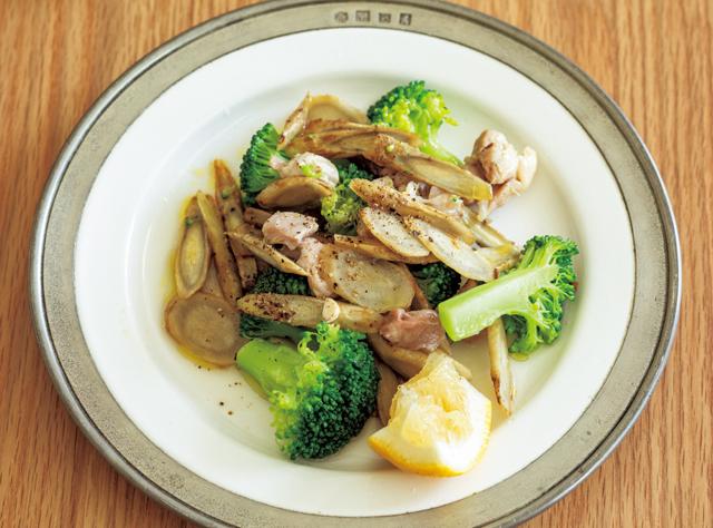 見た目が華やかだから元気も出てくる! 「鶏こま肉とブロッコリー・ごぼう」の手作り1食分冷凍パック