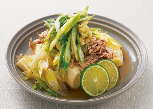 ロイシンとビタミンCでさらに効果的!豆腐&サラダの「コラーゲン」レシピ2選
