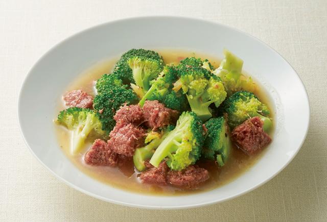 コンビーフが大活躍!ご飯によく合う「オイルしょうが」のあんかけレシピ3選