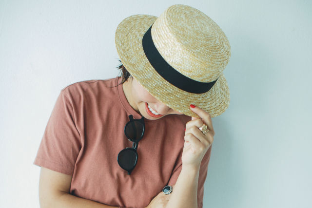 「日本のものづくりの良さも感じられる」人気スタイリストが選ぶコスパのいい帽子「田中帽子店の麦わら帽子」