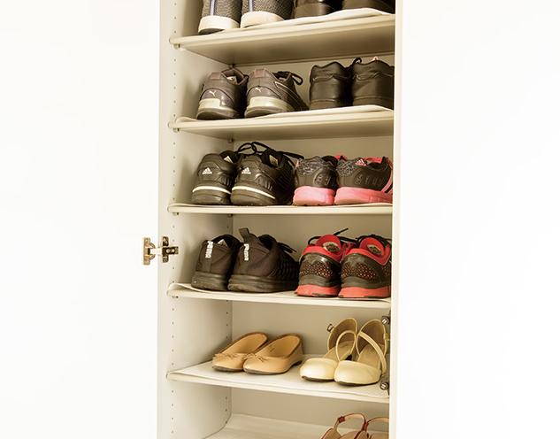玄関、どうすれば片づく? まずは「ワクワクしない靴」を捨ててみて/ハンカチは5枚あればいい