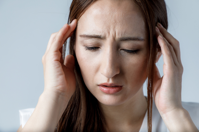 いきなりズキッ!急に起こるやっかいな「急性頭痛」はこうして抑えます/漢方のプロ・櫻井大典先生が教える健康法