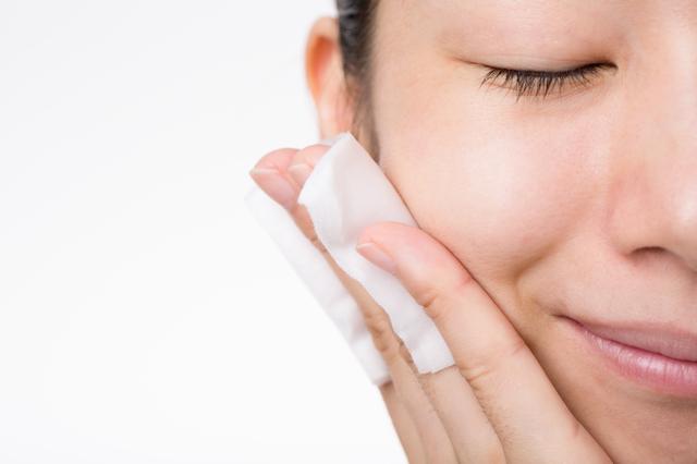 化粧水は冷やしても意味なし!かえって悪くなる美容の習慣