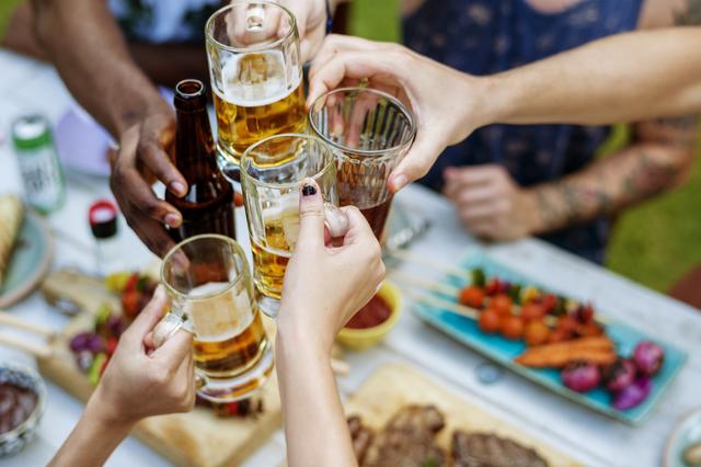 家でもアウトドアでもおいしいビールが飲みたい! 家庭用ビールサーバーの「実力」は?/ネットランキング