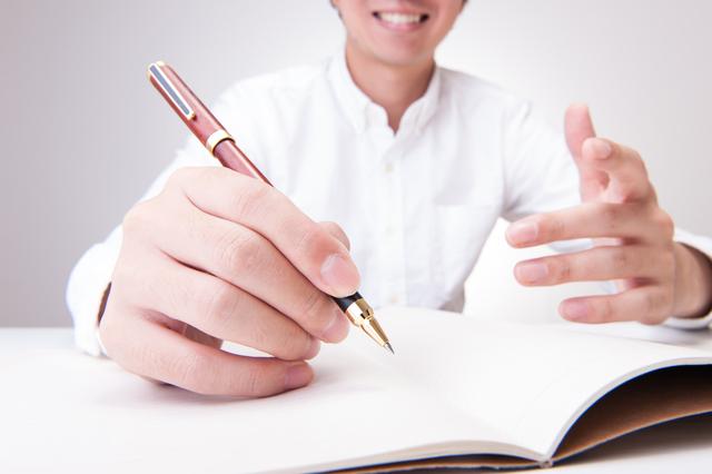 2軸思考するときにはエクセルでなく「手書き」で/2軸思考