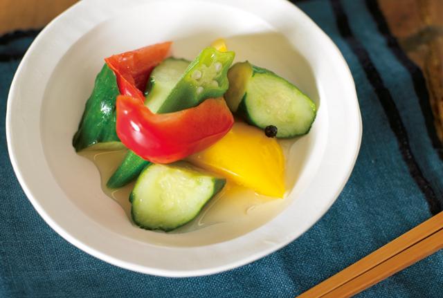 だし汁ベースで酸味がまろやか♪「夏野菜のさっぱり漬け」の作り方