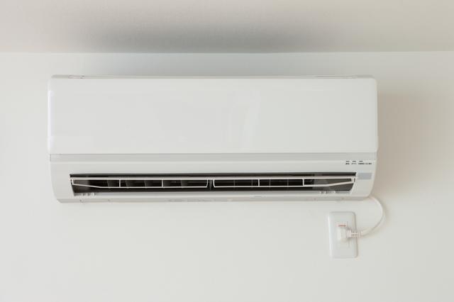 エアコンは消費電力よりも冷暖房の能力が高い!/身のまわりのモノの技術(37)【連載】