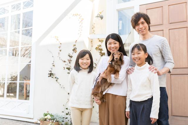 ペットは子どもにどんな影響を与える? 子育て中のペット飼育のメリットや注意すること