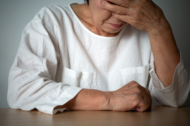 冬のアパートで80代の母と50代の娘が亡くなって...。「パラサイトキッズ」の問題とは?/シニア六法(12)
