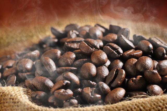 今日は何の日?コーヒーの日! バリスタ伝授「おいしいコーヒーの淹れ方」/10月1日はコーヒーの日(2)