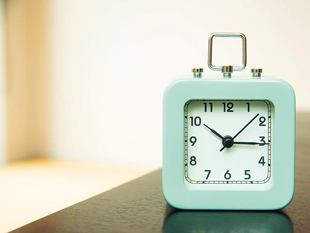 お誘いを断るならその日のうちに! 手相家がすすめる人気運を上げる「9つの日常の習慣」